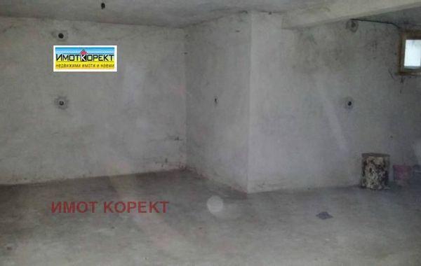 имот пазарджик 9jelq72h