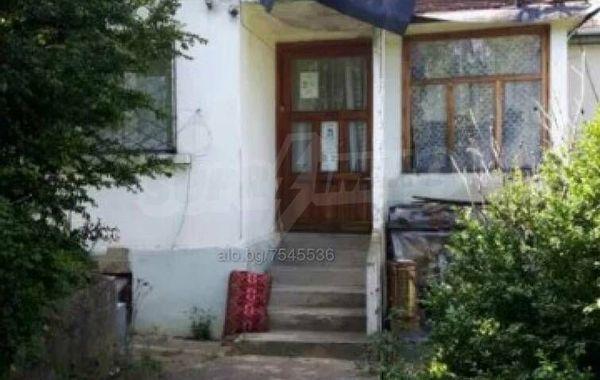имот трявна skp8na1h