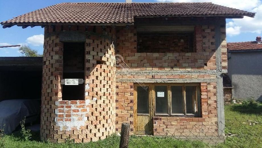 къща априлци qhucn8t3