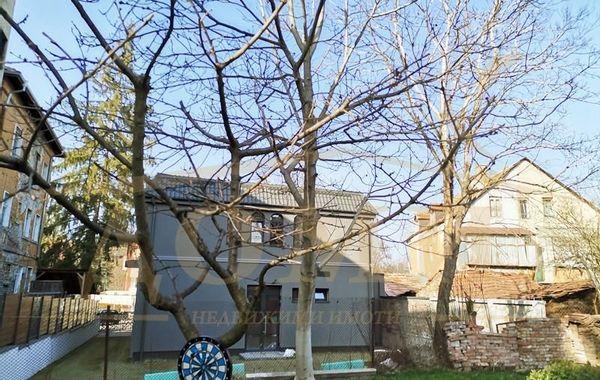 къща банкя xw6v633f