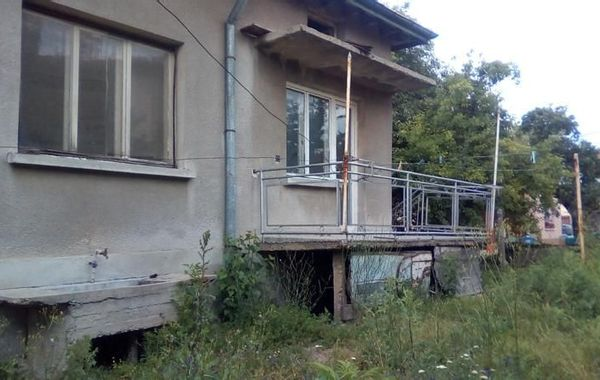 къща божурище sfcjw3ng