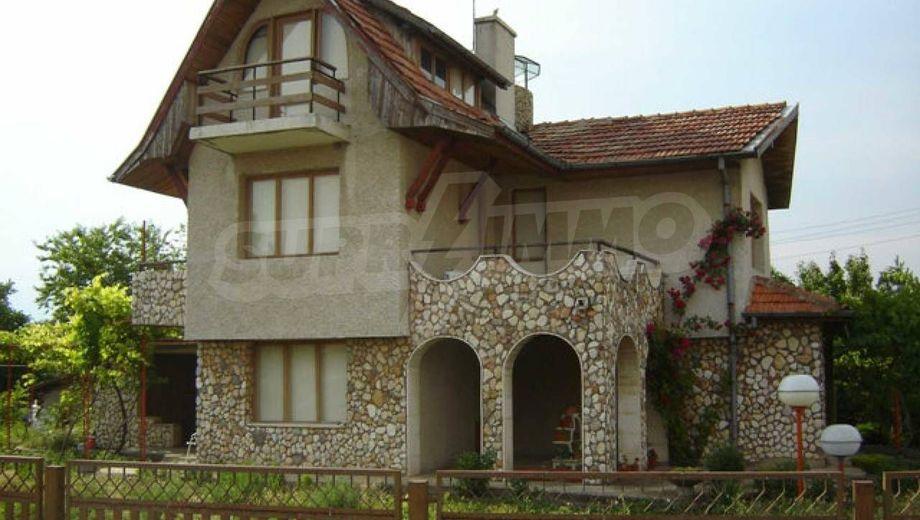 къща бранище 339vrxw9