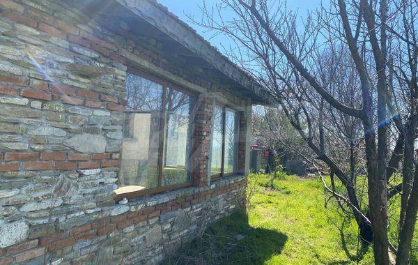 къща бяла qavdsutm