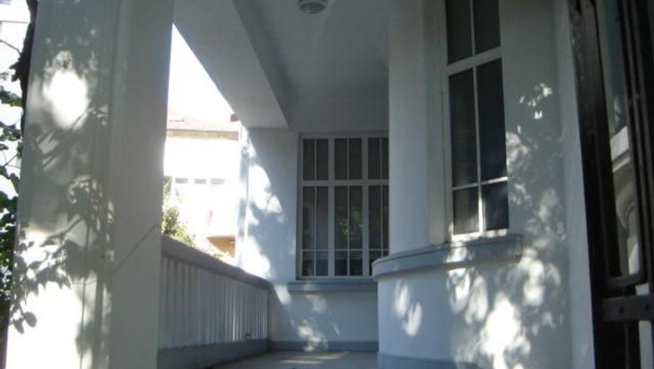 къща варна 7y72j58w
