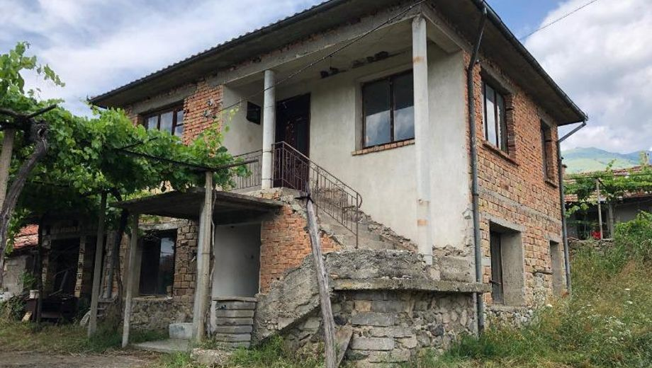 къща васил левски trdasnnk