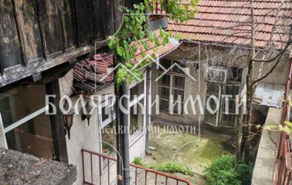 къща велико търново sukat3we