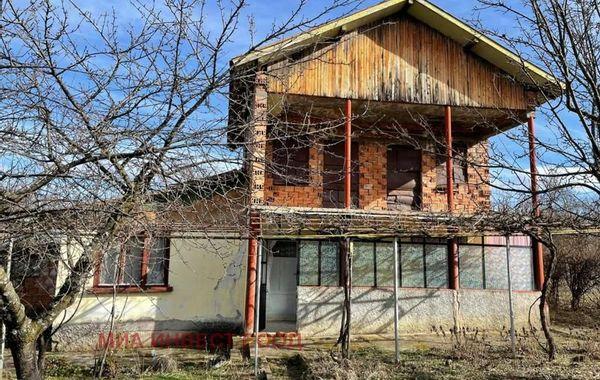 къща враца q64bk66a