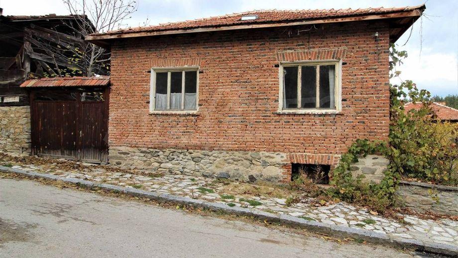 къща годлево 16vq93u1