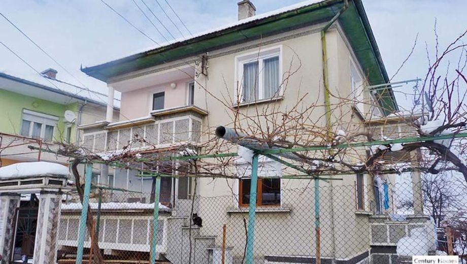 къща горна оряховица 9lsyapvl
