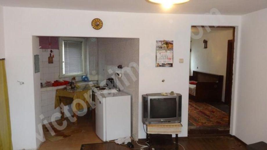 къща гостилица p4qj5jbl