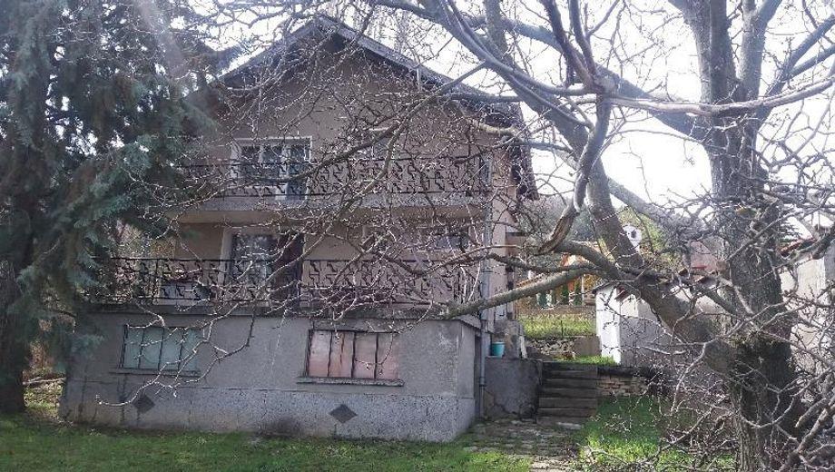 къща гълъбово upxes2re