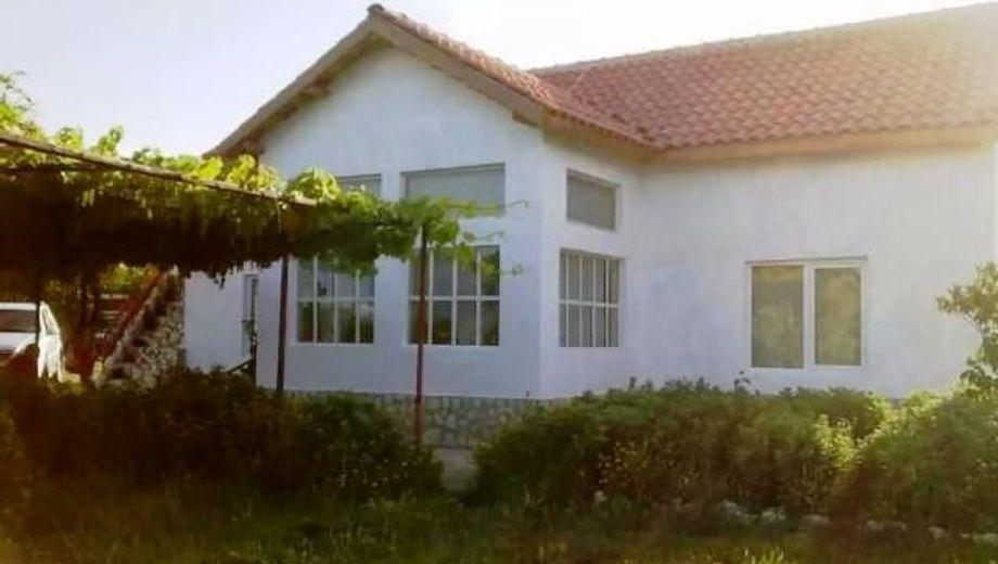 къща дебрене xp54rqfu