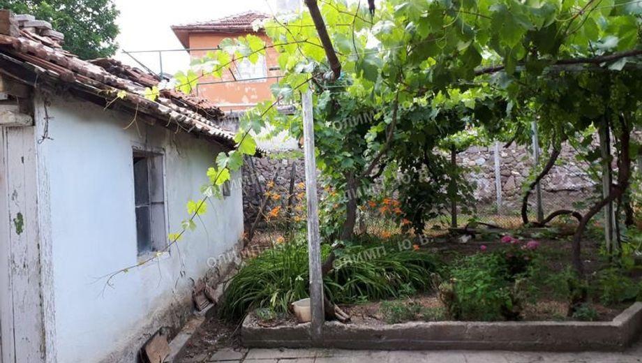 къща дебръщица 724ah4r7