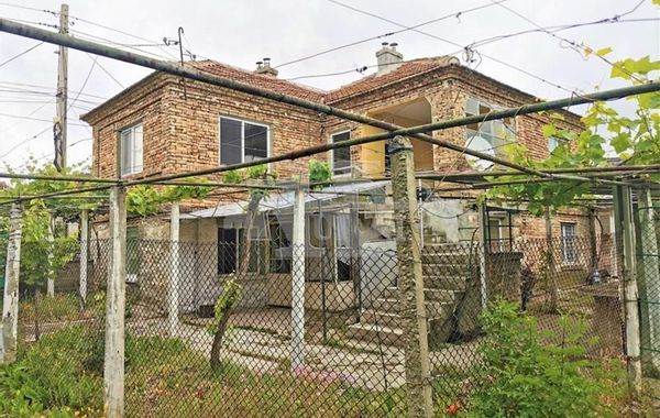 къща девня fvgfsch3