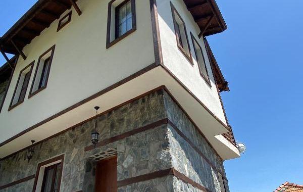 къща делчево rkadsg8f