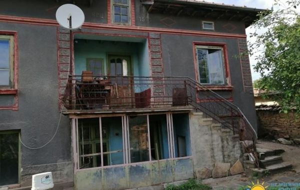 къща долна липница srxpnk73