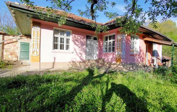 къща елена jat69b12