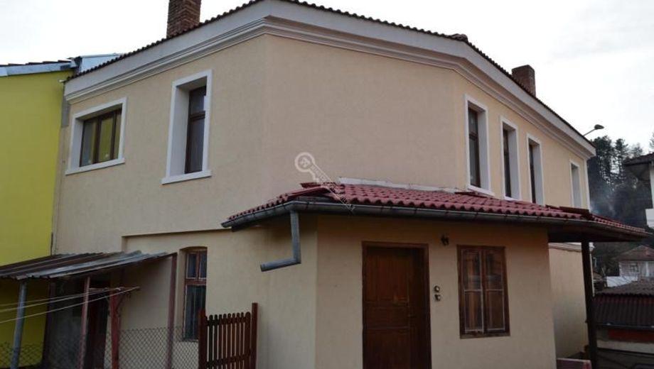 къща елена p59fweln