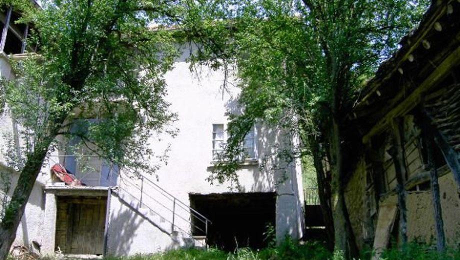 къща калугерово vhekneyp