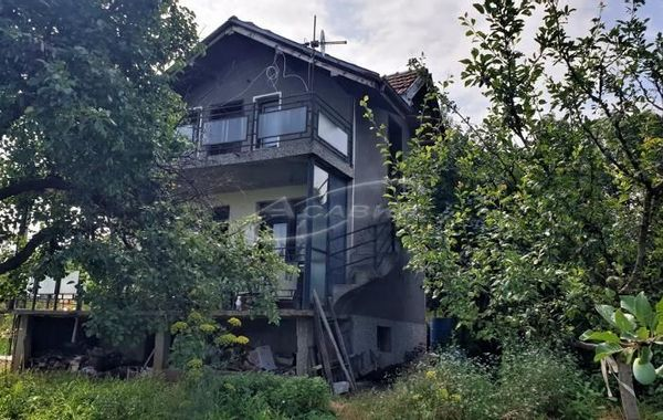 къща ловеч astq32b6