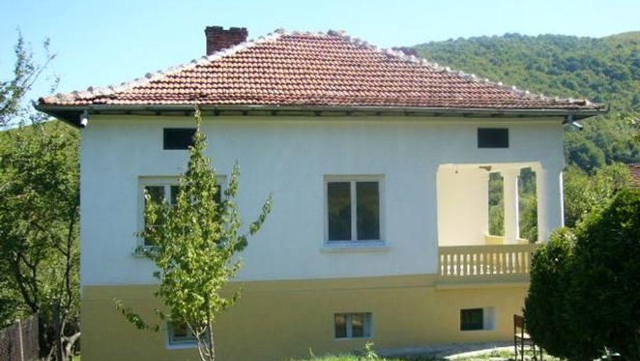 къща малка желязна b6g8aeqy