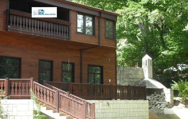 къща манастирски рид ebndt2u6