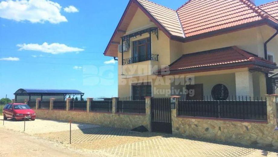 къща манастирски рид k3ku1g6j