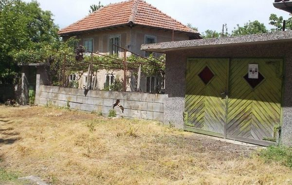 къща ново село x1lrd47g