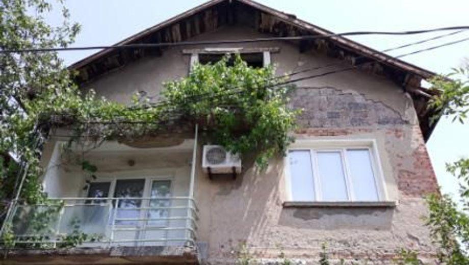 къща перник m24pb242