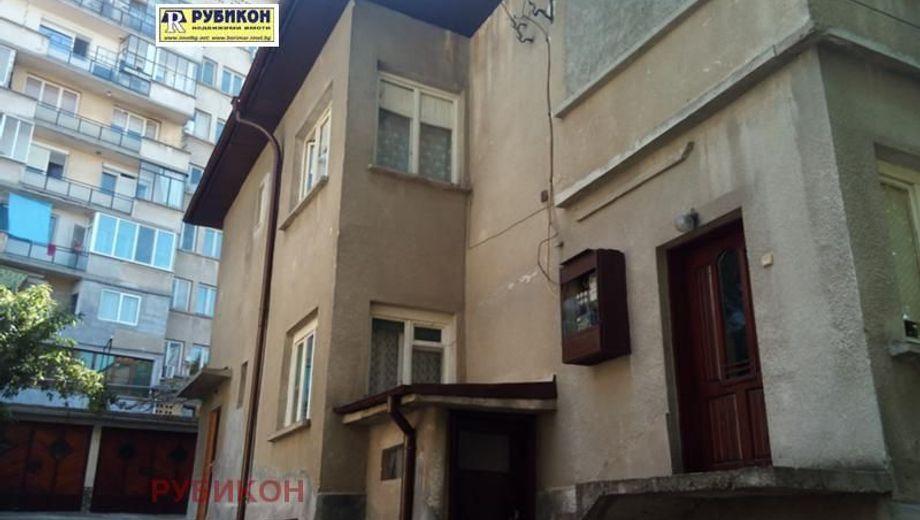 къща плевен ftx74hbx