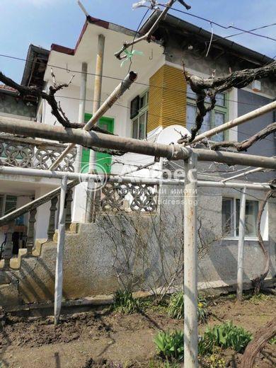 къща робово uw1317ln