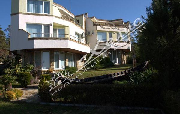 къща слънчев бряг 8p28w2e4