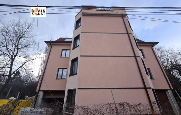 къща софия dr8w3mvr