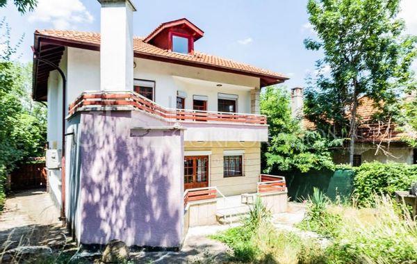 къща софия g33r498d