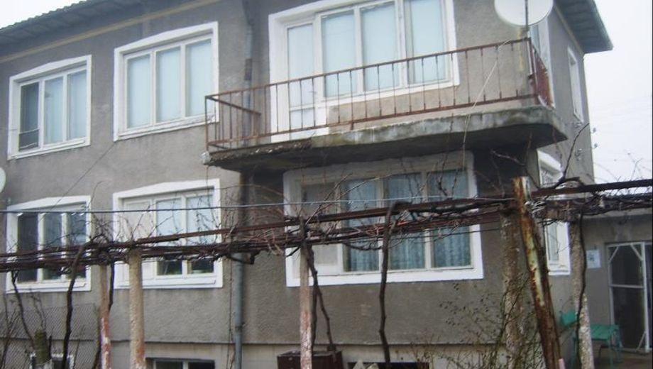 къща спасово ua9s9p9r