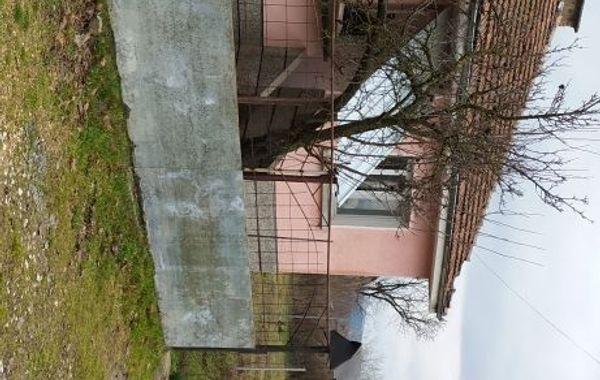 къща стражица e6u5eltq