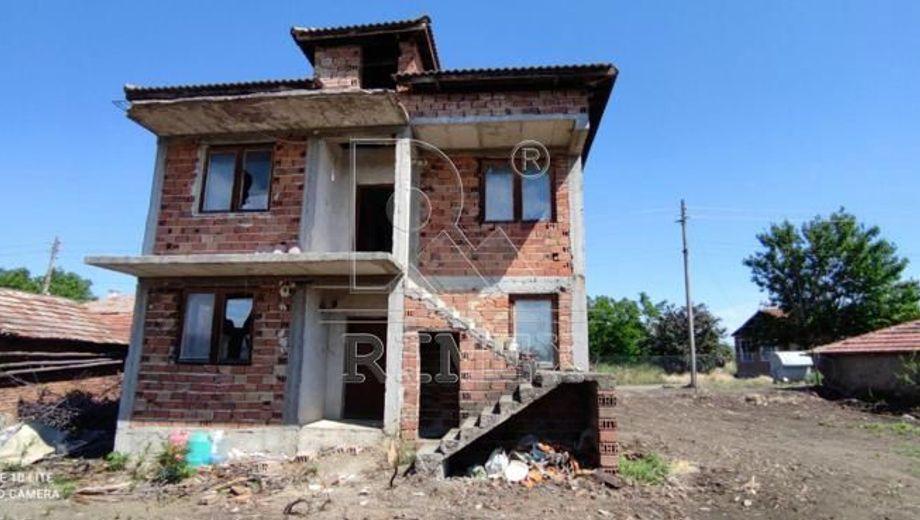 къща съединение tcbr9qrj