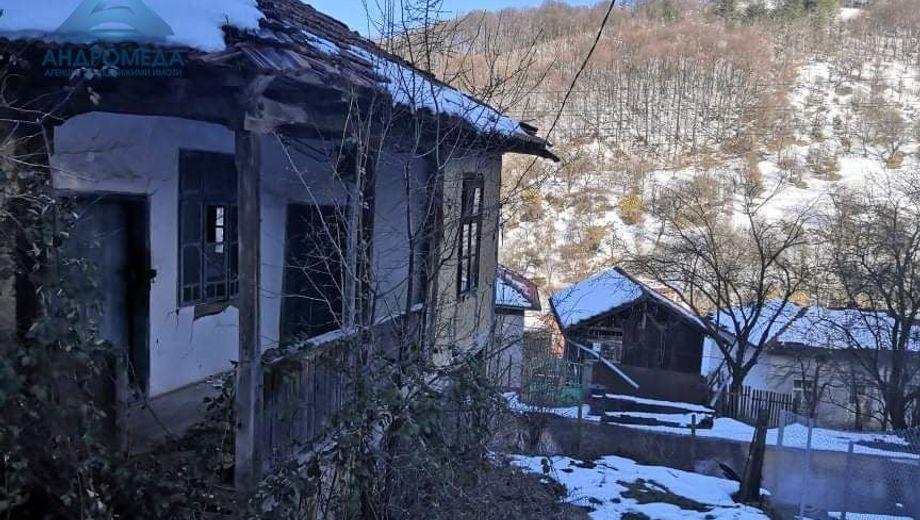 къща шипково hp1m839p