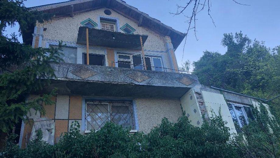 къща шумен lg6l97e8