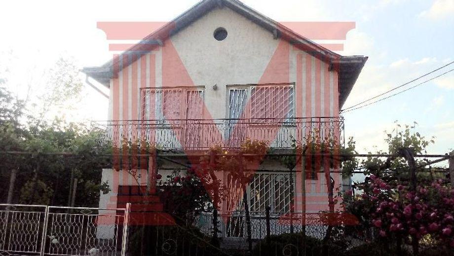 къща юлиево grju9d2s