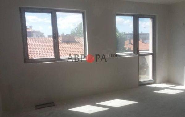 многостаен апартамент айтос fe87k55q