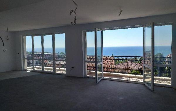 многостаен апартамент варна 1h8q992r