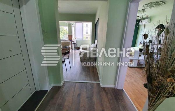 многостаен апартамент варна e5nv53nw