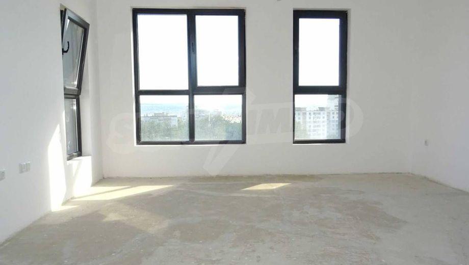 многостаен апартамент варна jt9df9w4