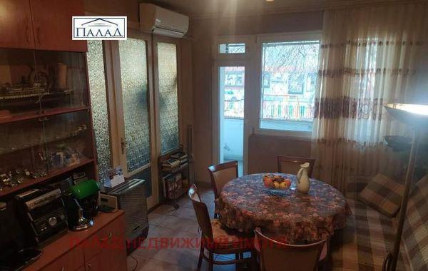 многостаен апартамент варна q6763rr4