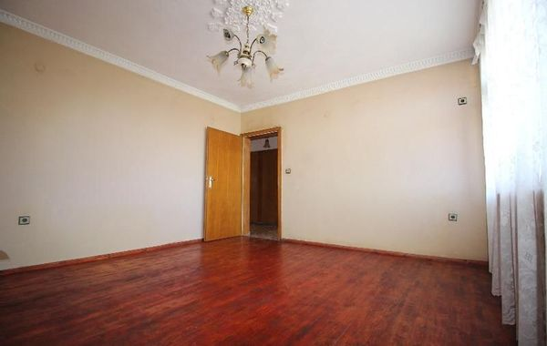 многостаен апартамент габрово trhd4xrr