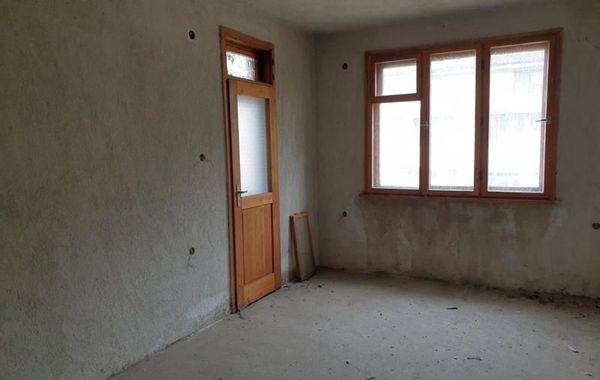 многостаен апартамент карлово d2hyw2c9