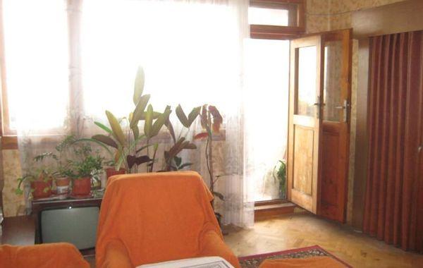 многостаен апартамент карлово l53xr6ev