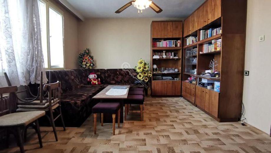 многостаен апартамент лясковец t8adp6wb