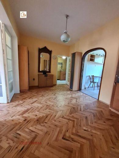 многостаен апартамент софия 2nj76e82